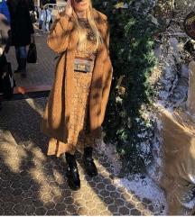 Teddy smeđi kaput Mango