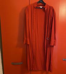Crvena haljina na kopčanje