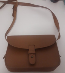 Zara torbica 1x nosena