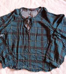 Bershka kratka bluzica