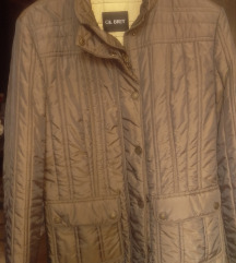 žensku jaknu broj 42 prodajem