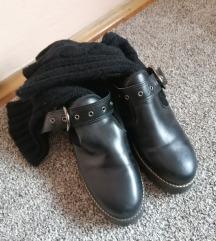 Zara cipele sa čarapom