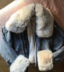 REZERVIRANO Traper jakna sa odvojivim krznom