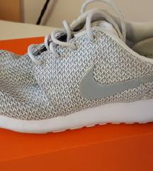 Nike tenisice 36.5