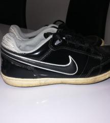 Nike, vel.41