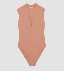 Zara nude body s