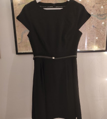 Crna haljina A-kroja