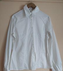 Tanka bijela košulja