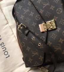 Louis Vuitton pochette metis