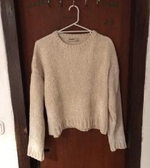 majica/pulover pull&bear