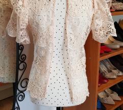 Nova Golden Days Paris čipkasta bluza s Asosa