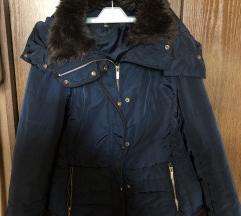 Zimska h&m jakna s kapuljacom i krznom