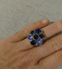 Neobični prsten