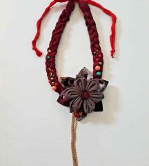 Ogrlica od tkanine