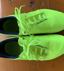 Nogometne cipele