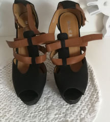 Crno smeđe sandale
