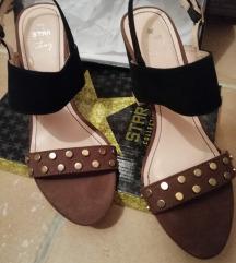 Štikle, sandale