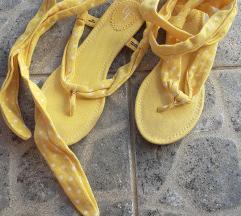 Zara Trafaluc sandale/japanke 38