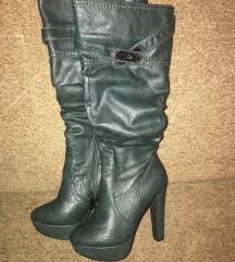 Tamno zelene cizme