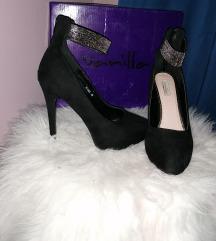 Shoe box salonke