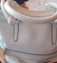 Nova torba srednje velucine