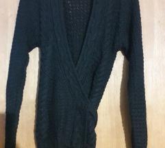 pulover crni