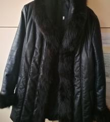 Kožna jakna s krznom sada 450 kn%