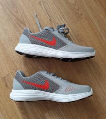 Nove Nike original tenisice..37