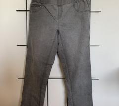 >> hlače/ traperice I esmara 02 <<