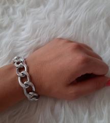 Chain narukvica