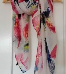 Bijela marama sa šarama