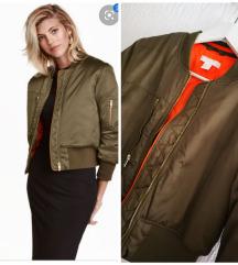 H&M jakna bomberica 💌slanje u cijeni