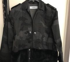 Replay jakna, natkosulja