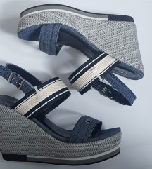Sandale na visoku petu plave
