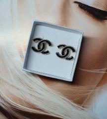 Mini Chanel nausnice