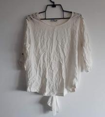 Bijela bluza sa zakovicama M veličina