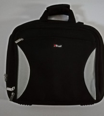 Crna odlična torba za laptop  - TRUST