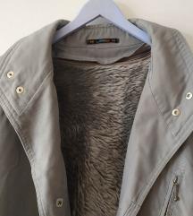 C&A podstavljena zimska jakna