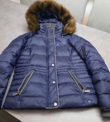 Zimska jakna s postarinom cijena