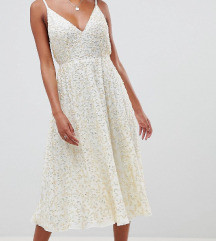 Asos haljina sa sljokicama