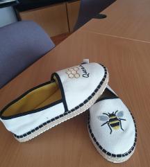 Espadrile Queen Bee