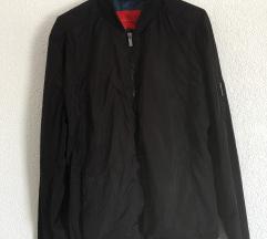 Zara lagana crna bomber jakna