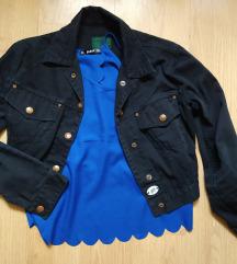 Top s otvorenim leđima i jaknica