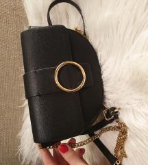 Mini torbica oko struka