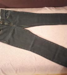 Tamno plave ženske traperice