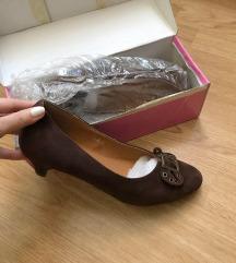 NOVE Zenske cipele vel 40 ✨