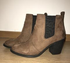 H&M čizme / gležnjače na petu