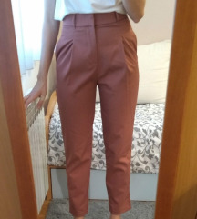 NOVO!! Nikad nošene Zara XS prljavo roze hlače