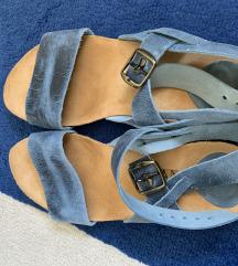 NOVO GITA sandale broj 38.