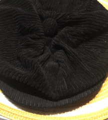 Kapa ženska crna samt